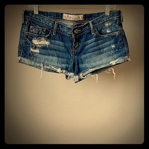 """Hollister Distressed Jean Shorts 2.5"""" - Size 5"""